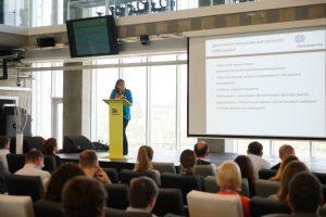 Выступление Анны Власовой на конференции по ИИ